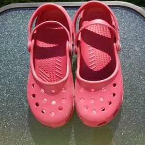Crocs size 8 red
